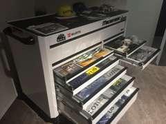 毎日様々な車種をメンテナンスしております。ホームページでは修理事例やお客様の声を掲載中! http://www.motorize.jp/