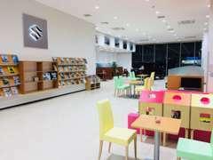 新店舗で新しく、広く、キレイに、カラフルに生まれ変わりました!