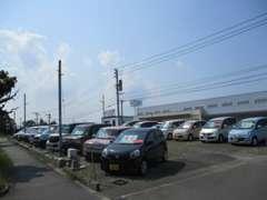 軽自動車(スズキ・ダイハツ・ホンダ・三菱・日産など)を中心に取り扱っております。良質物件多数有!