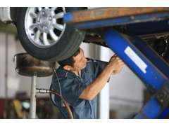 お車購入後のサポートは、国家資格保有の整備士にご相談いただけます!