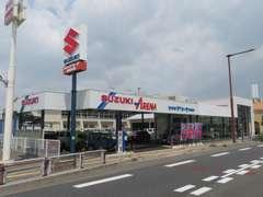 街でよく見かけるスズキのお店☆三重県桑名市の国道1号線沿いローソン様隣にございます♪