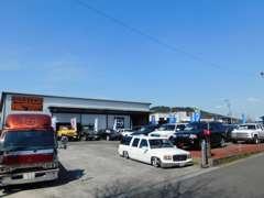 新車、中古車販売、フイルム施工、整備、塗装、板金、車検などなどカーライフをオールサポート致します!