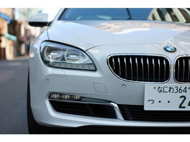 BMW LEDライト、ディーラーオプションのナイトビジョンで夜道も安心して運転できます。