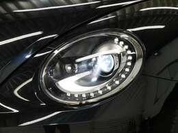オプション LEDポジショニングランプ付バイキセノンヘッドライト☆関東最大級のAudi・VW専門店!豊富な専門知識・経験で納車後もサポートさせていただきます☆