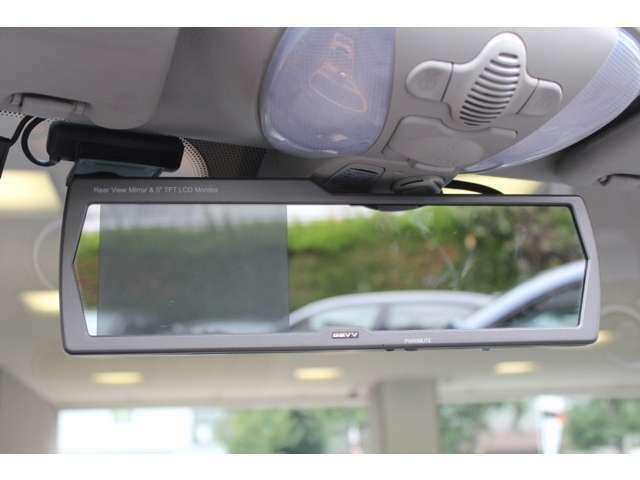 販売店オプションのルームミラー内蔵型HDDナビ&バックカメラ付です。走行距離は僅か35000キロメートルです。お問い合わせは、全国フリーダイヤル0066-9711-094846までお気軽にお問い合わせくださいませ。