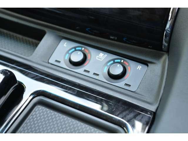 ■シートヒーターとシートベンチレーションが標準装備されておりますので、季節を選ばず快適にドライブを楽しんでいただけます。