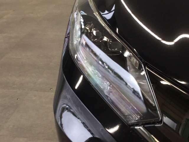 ☆LEDヘッドライトを装備。視認性の良さだけでなく、省電力、耐久性の向上等のメリットもあります。