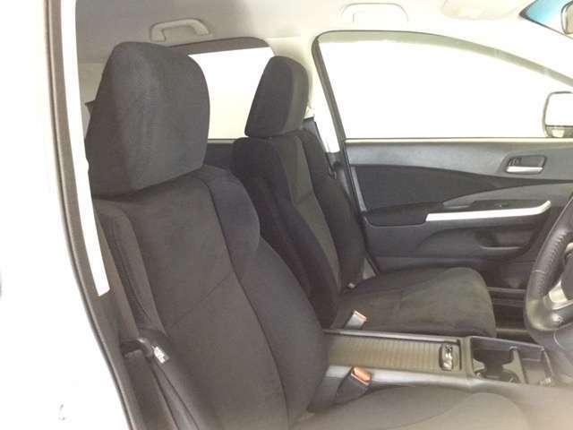 運転しやすい大きな座面!内装もクリーニング済みです。