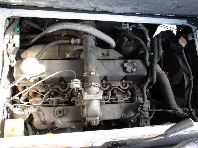 全長627x全幅206x全高263センチ 車両総重量4850キロ KK-BVW41 TD42エンジン 4.2Lディーゼル AT SX 26人乗り ワンオーナー カメラ 内外装キレイ