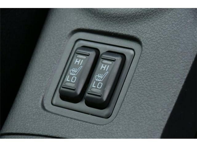 前席左右シートヒーター搭載!寒い冬でも暖かく過ごせます♪