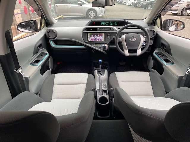 快適性と機能性にあふれた室内。 スペース効率のよさに感心させられます☆ 座った瞬間に実感できる座り心地も、ロングドライブも快適♪