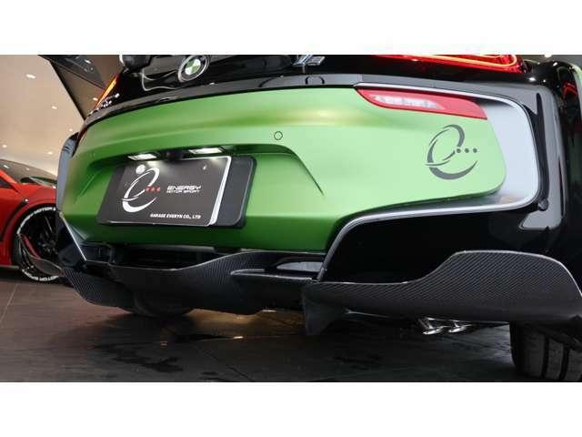 同車両のコンセプトでもある【モダン・アーミー】を表現する為に、各所にオリジナル・カモフラージュを施して頂きました。