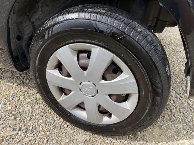 タイヤ溝もしっかり残っています!!