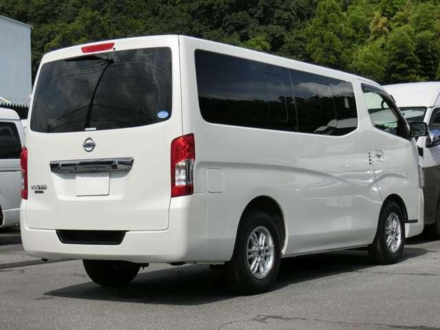 長さ:469cm/幅:169cm/高さ:199cm/車両重量:1870kg/車両総重量:2420kg/燃料タンク:65リットル/カラーナンバー:QAB