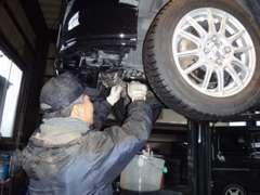 オイル交換~車検整備まで、プロの整備士が徹底サポート!お車の事なら「STANCE」へおまかせください(^^♪宜しくお願いします!