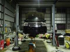 自社整備工場を完備しております!高い修理見積にお困りの方、お車のことなら何でもご相談ください。