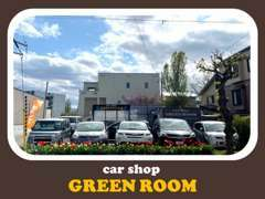 中古車販売しているcarshop GREENROOMです^^