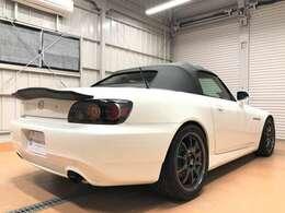 【外装関連カスタマイズ】・S2000 TYPE-S純正フロントリップスポイラー・K1Laboratory ハイフロートランクスポイラー・SPOON ブルーワイドドアミラー