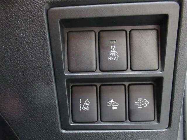 安全運転をサポート!プリクラッシュセーフティシステムは万が一の衝突を回避もしくは被害軽減してくれる安全運転支援機能です!