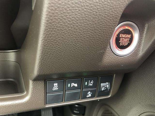 ■登録(届出)済未使用車とはノルマ達成のために作られた車で、おろしたて同様。 でも登録はされているので [中古車] になる いわゆるアウトレット車です!! 【HPもご覧ください https://www.libertynet.jp/】 ■