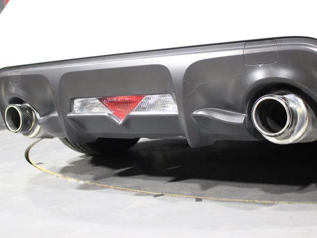 社外エキマニ・HKS製マフラー!排気効率アップはもちろんの事心地よいエンジンサウンドをお楽しみ頂けます!