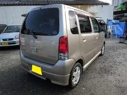 全国でも有数の格安車両です!東京地区ナンバープラス22000円。富士山ナンバープラス16000円。日々在庫が入れ替わりますのでお早めにご連絡下さい
