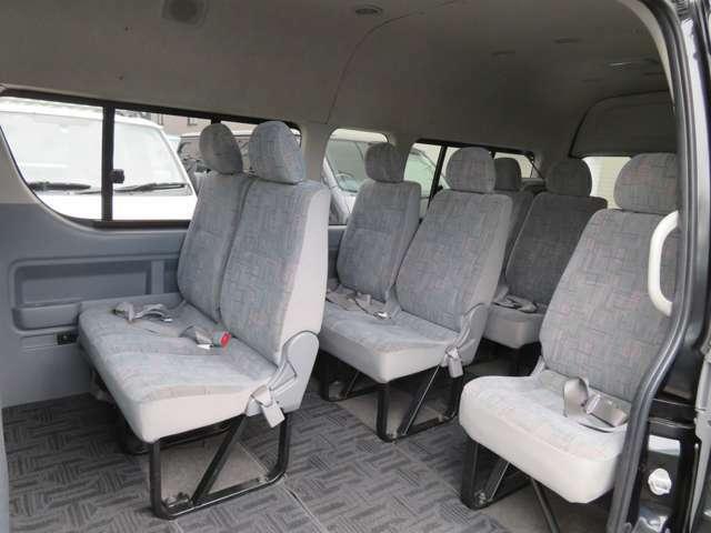 室内画像2、清潔で広々した座席です!是非、現車を見て体感してみて下さい!