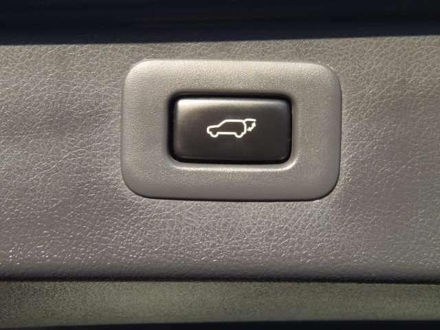 お車の事ならお気軽にご相談ください。新車でもOK!!無料電話0066-9711-092520になります。