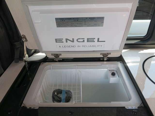 DC冷蔵庫は容量40リッターとなっております!ご不明点お気軽にお問い合わせ下さい♪