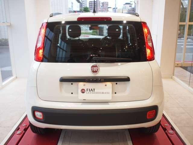 長さ365×幅164×高さ155の5ナンバーサイズ、コンパクトで機械式駐車場にもらくらく!