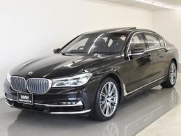 BMW 7シリーズ M760Li xドライブ V12 エクセレンス 4WD SR本革B&WラウンジシートRエンタメLライト