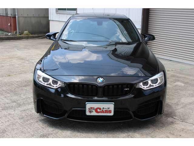 先代BMW M3クーペの後継モデルとなる「M4」!BMWのラインナップ再編によってクーペ系が偶数シリーズとなったことに伴い、M3クーペ(E92)/カブリオレ(E93)の後継モデルとして発売!
