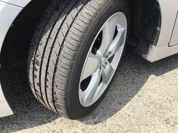 タイヤ溝、しっかりございますので、まだまだ安心して乗っていただけると思います!!