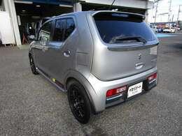 アルトワークスの左リヤビュー UV&プライバシーフィルムで、車内の紫外線&プライバシーをシャットアウト