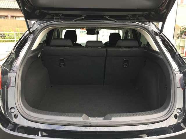 ◆ラゲッジスペース◆広々としたスペースを確保できるので、たくさん荷物を積むことができます!!