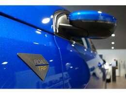 特別仕様車限定のロードトリップタグがサイドに採用されています。