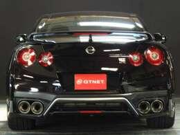"""GTNETはスポーツカーを中心としたお客様に""""楽しい時""""を演出するENJOY CARの専門店です!こちらの車両は我々プロが認める良質の1台で、この車と一緒に沢山の思い出を作って頂きたいと思っています!"""