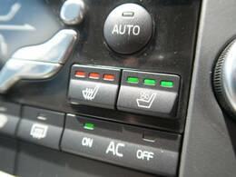 シートヒーターだけではなく、シートクーラーを装備しております。いずれも三段階で強弱の調節をおこなうことが可能で、シーズンに合わせ快適にお使いいただくことができます。
