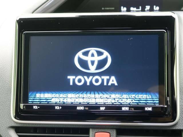 【大画面ナビ】人気の大型9インチナビを装備。存在感アリアリの大画面はインパクト絶大!ナビ利用時のマップ表示は見やすく、テレビやDVDは臨場感がアップ!いつものドライブがグッと楽しくなります♪