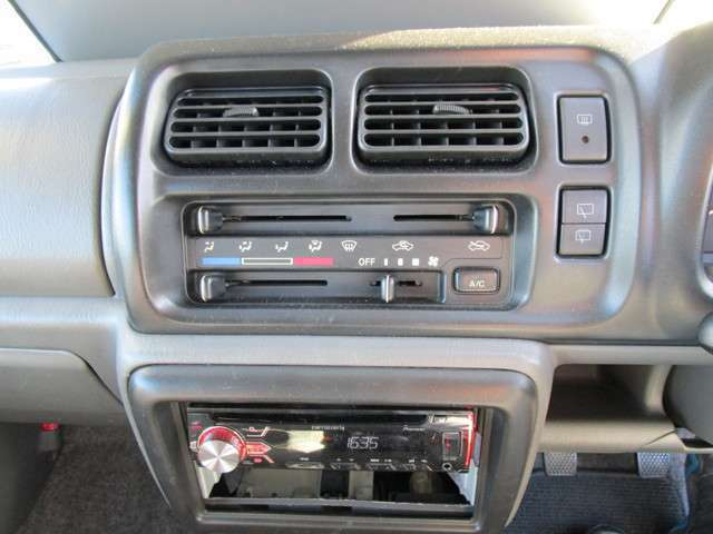 エアコン!CDチューナー!USB&AUX!