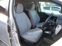軽自動車・コンパクト・ミニバン・商用車など幅広い車種を取り扱っております。常時100台の在庫で客様のご来店お待ち致しております!