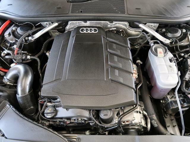 ●45 TFSI QUATTROエンジン『入庫時の状態もとても良く、エンジン機関も良好!ぜひ一度現車を御覧下さい!他にも多数の在庫を展示!』