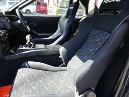 運転席にはBRIDEシート・助手席にはRECAROシート!