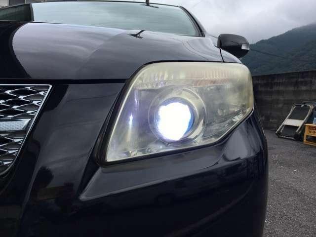 HID(ディスチャージ)ヘッドライト!暗い闇夜を明るく照らします!ライトの明るさひとつで夜のドライブの楽しさがグンと増しますね!