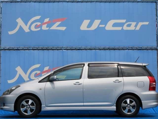 横にこの車のセールスポイントを、複数の写真と説明でアピールしてあります!まずはご覧になってください。いろんなところをチェックできますよ。