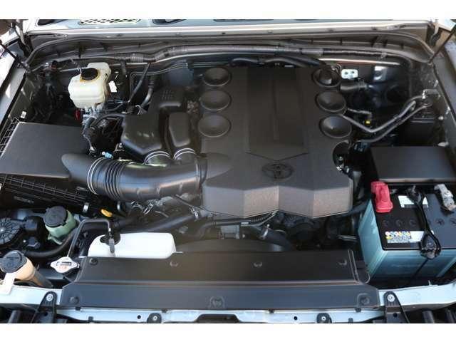 V6・4000ccの1GRエンジン!見た目とは裏腹なパワフルな走りに、定評があります!