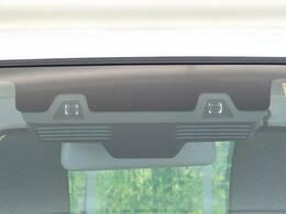 ☆デュアルカメラブレーキ☆夜間の人にも衝突被害軽減ブレーキが作動してくれます。他に前後の誤発進抑制や車線逸脱警報、ハイビームアシストなどのサポートで万一の事故を予防するシステムです♪