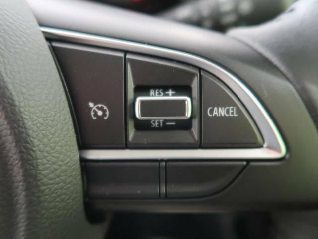 高速道路で便利な【クルーズコントロール】も装着済み。アクセルを離しても一定速度で走行ができる装備です。加速減速もスイッチ操作でOK☆