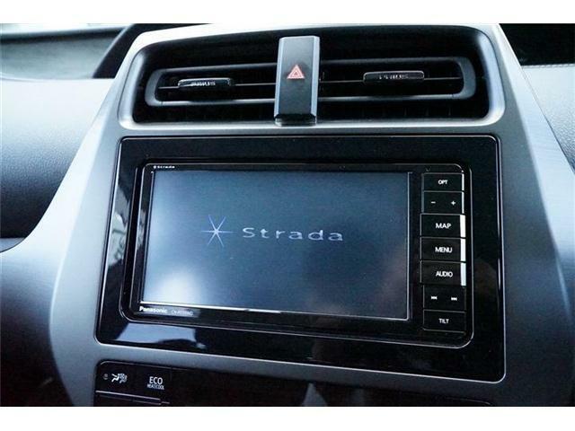 ストラーダ製SDナビゲーション装備(CNーRE05WD)☆地上デジタルフルセグTV・CD・DVD再生・SD録音機能・Bluetooth接続対応☆