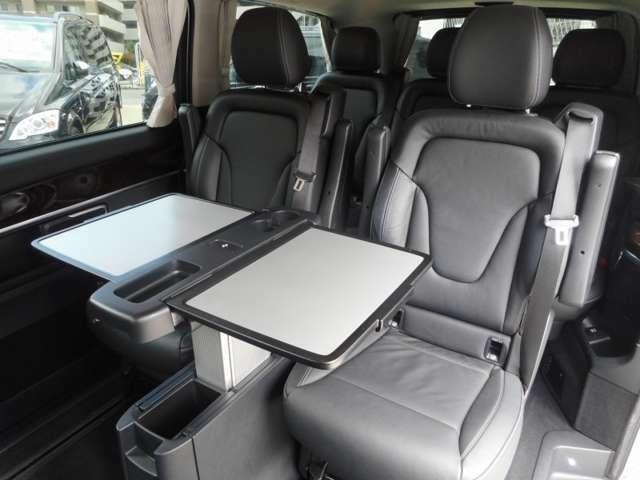V350と同じピクニックテーブルが搭載され、装備されているかどうかは、商品価値がかなり変わってきます